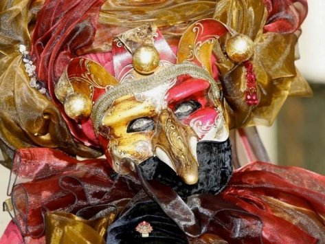 Venetian masks - image credits unknown