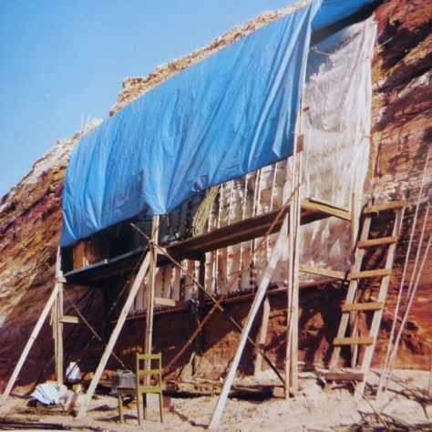Work in progress at sand quarry, Maslin Beach, Adelaide, February 1987. Photograph: Nikolaus Lang